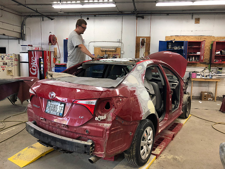 Collision Repair Center >> Maine Collision Center Auto Body Shop Collision Repair Auto Paint